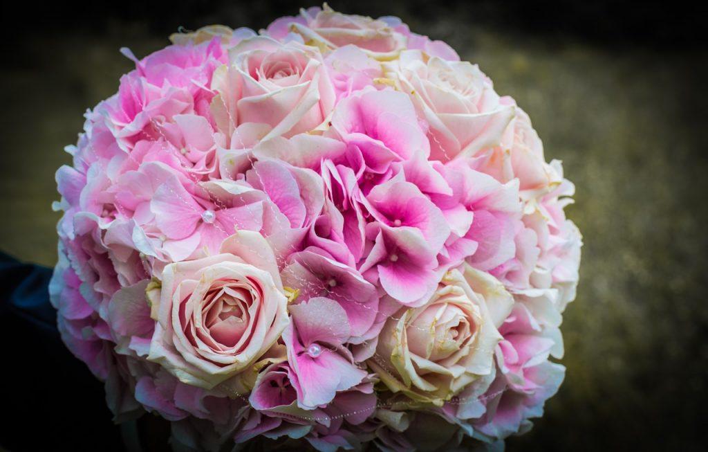 5 סידורי פרחים לחתונה