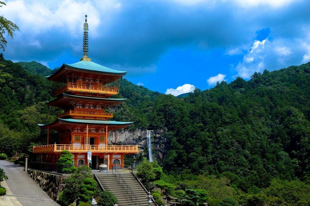 ירח דבש ביפן: חוויה מושלמת לזוגות טריים